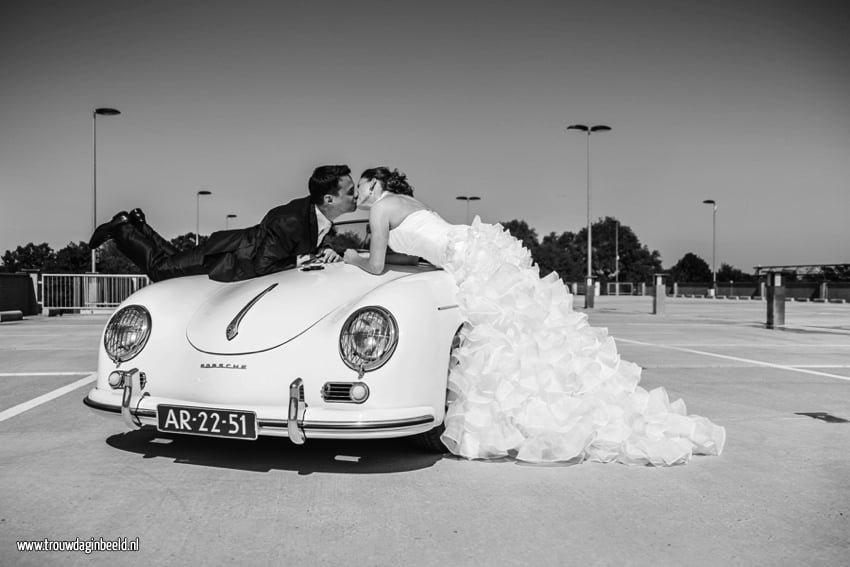 Bruidsfotografie Porsche Speedster Strijp-S