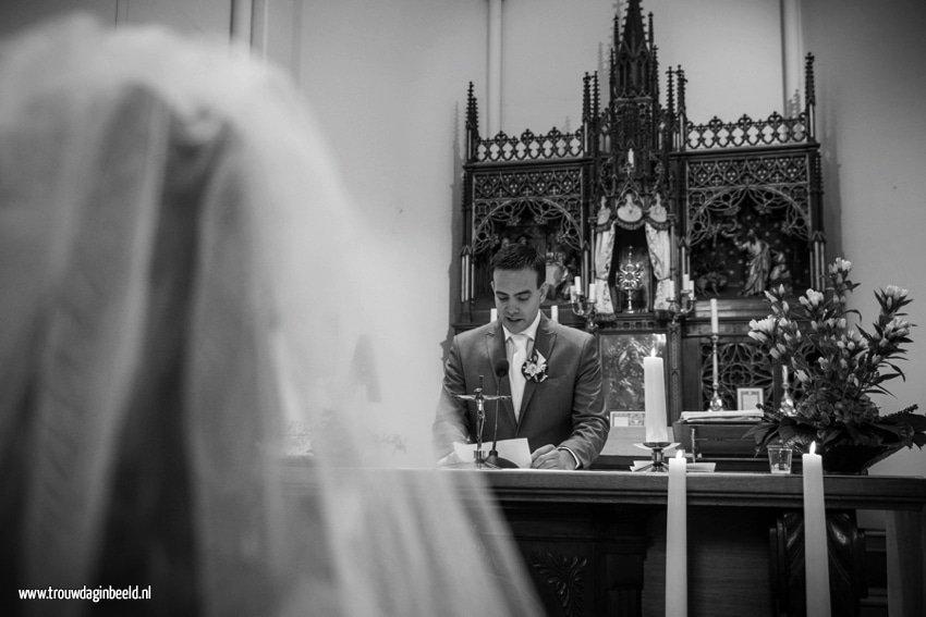 Trouwfotograaf kerk Beek en Donk