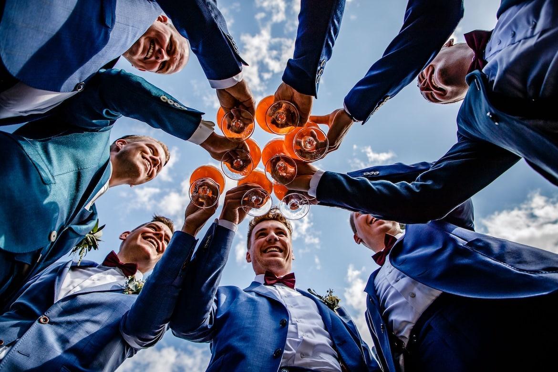 Trouwfeest momenten feestfoto trouwen Portfolio Bruidsfotograaf Trouwdag in Beeld Trouwen